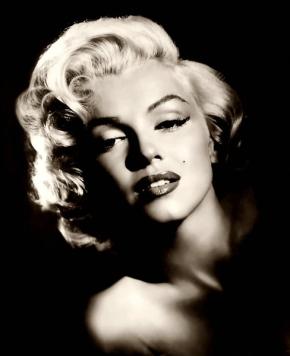 A Marilyn Monroefan?